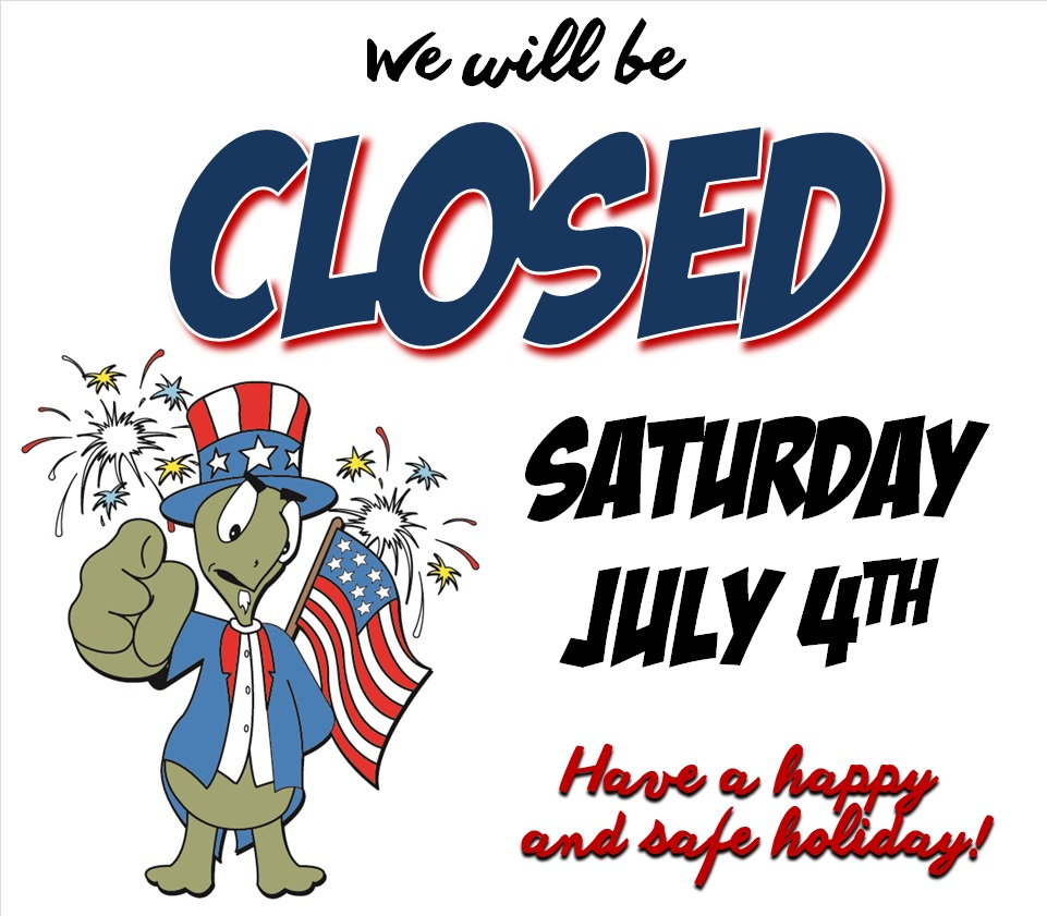 closed 4th of july sign